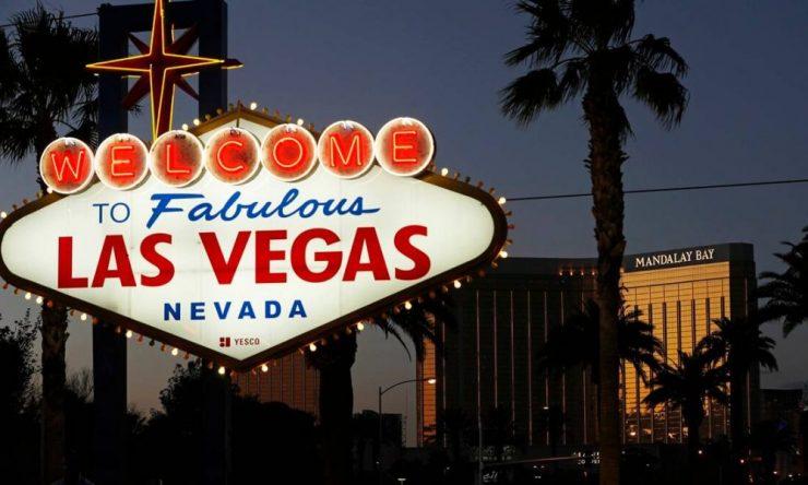 Esa noche 46 millones de saltamontes fueron a Las Vegas