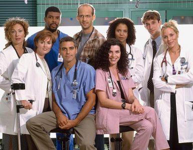 ¡Transmisiones en el Día de la Tierra!  El dos veces ganador del Oscar, George Clooney (4-L, en la foto de 1996) se reunirá con sus compañeros de elenco de ER para el beneficio de Stars in the House Waterkeeper Alliance.