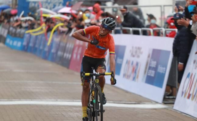 Jesús David Peña consiguió su segundo triunfo consecutivo en la Vuelta de la Juventud