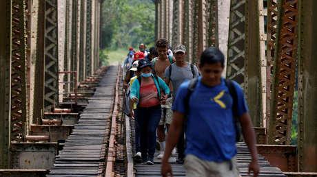 """Más inversión de EE.UU. y un sistema regional: México insiste en su propuesta para atender los flujos migratorios """"constantes y crecientes"""""""