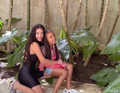 Lindo: Kim Kardashian publica una adorable sesión de fotos con su hija North, de siete años, mientras ambos usan zapatos Yeezy el viernes ... en medio del divorcio de Kanye West
