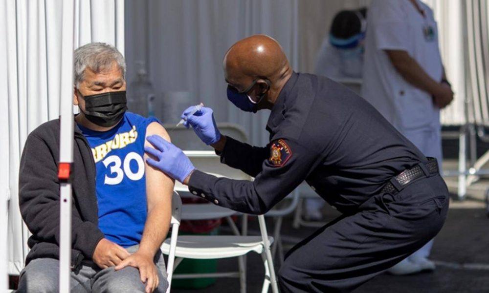 California, COVID-19 vaccine