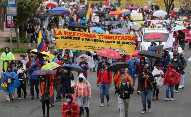 Presionan por dar trámite a ley que regula la protesta social