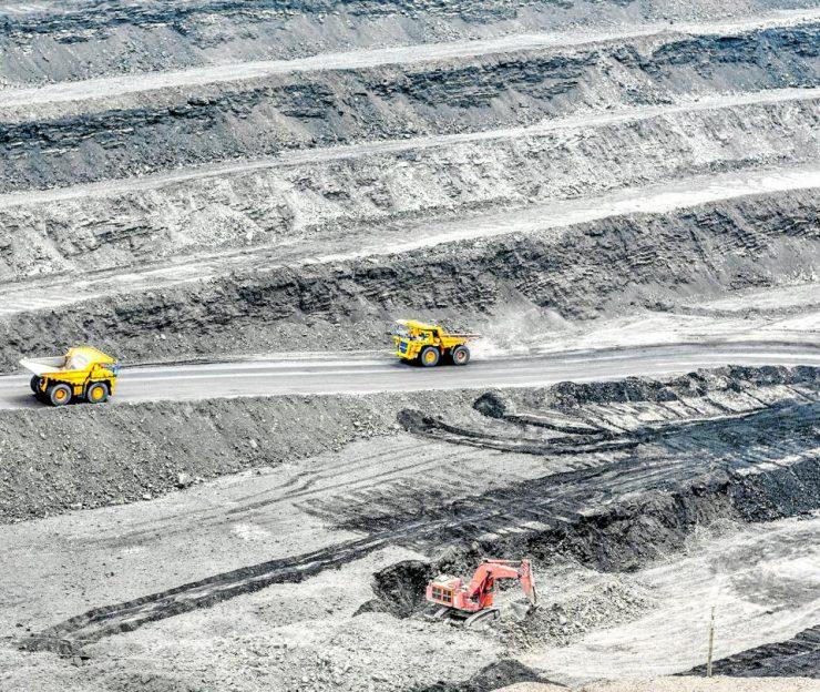 Prodeco insiste en la renuncia de títulos mineros en el Cesar   Minería   Economía