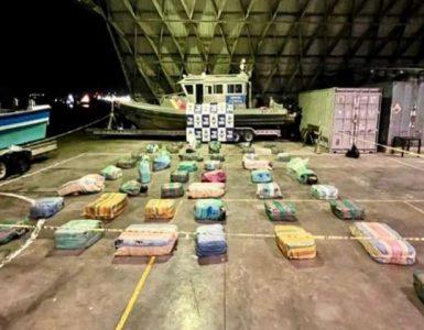 """Capturada lancha """"La fuga"""" en el mar de Buenaventura con 1,5 de marihuana y cocaína"""