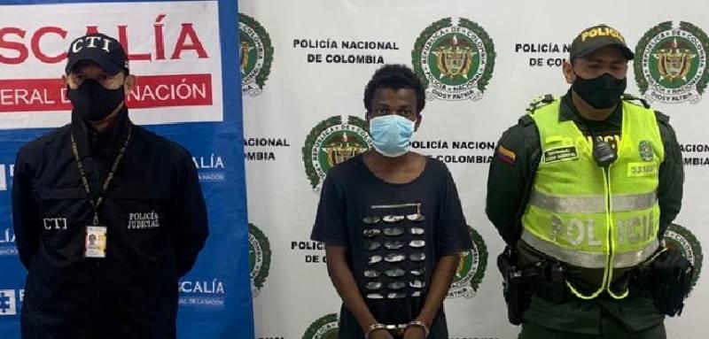 Golpeaba y amenazaba con un arma cortopunzante a su mamá y a su abuela de 78 años en Buenaventura