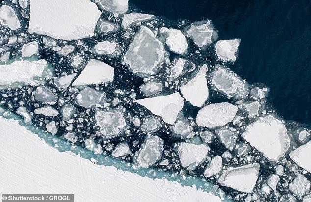 Un aumento peligroso de las temperaturas globales por encima del límite de 1,5 ° C establecido por la ONU podría suceder en solo cinco años, advierten los científicos (en la foto se derrite el hielo cerca del Parque Nacional Sirmilik en la isla Bylot).