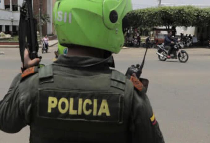 15 puñaladas a un policía en Cali, donde se mantienen las protestas