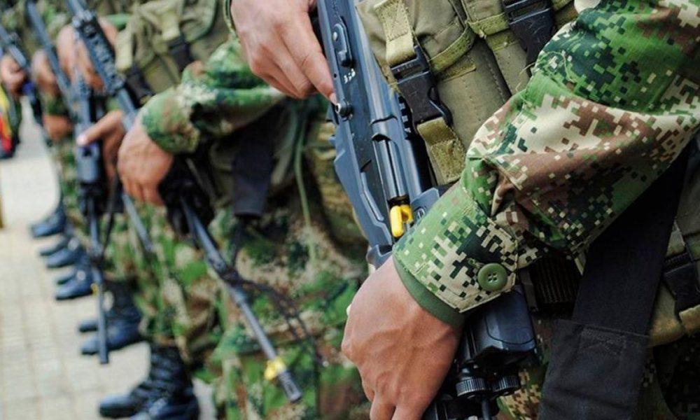 A la cárcel soldado por crimen de mujer y presunto abuso de la hija de ella de 2 años