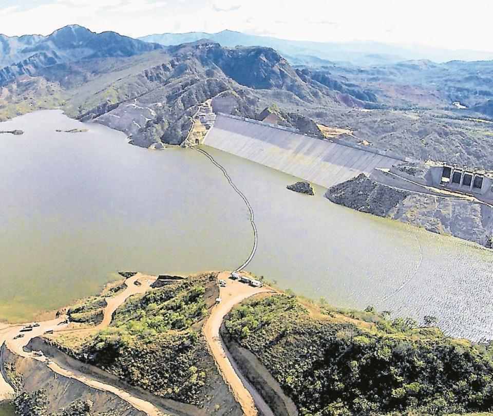 A licencias de hidroeléctricas les falta participación social   Economía