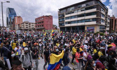 Continúan las protestas violentas en Colombia