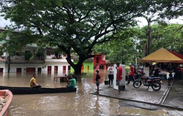 EN FOTOS Y VIDEO: El Cauca se creció e inundó parte de Bolombolo
