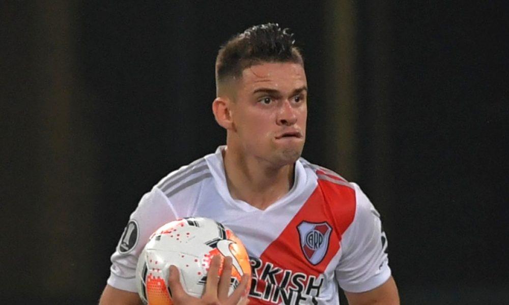 El jugador Rafael Santos Borré tiene coronavirus