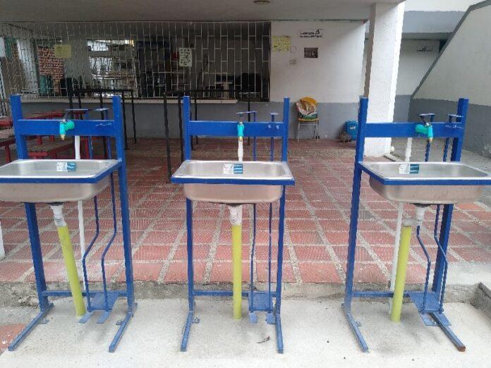Giran recursos a colegios que alistan alternancia educativa