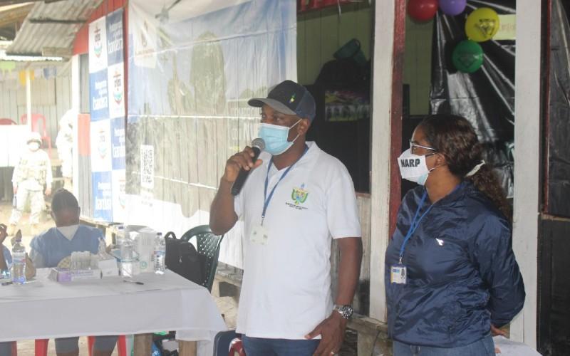 Gobernación del Chocó en articulación con la Consejería presidencial para los derechos humanos, realizaron jornada de oferta institucional de servicios en Agua Clara – Medio Atrato.