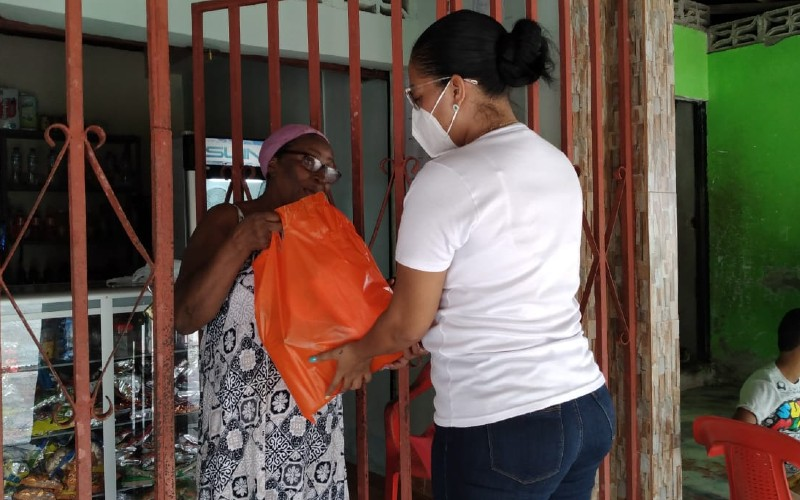 La administración municipal de Bagadó llega con un presente a los hogares de todas las madres Bagadoseñas.