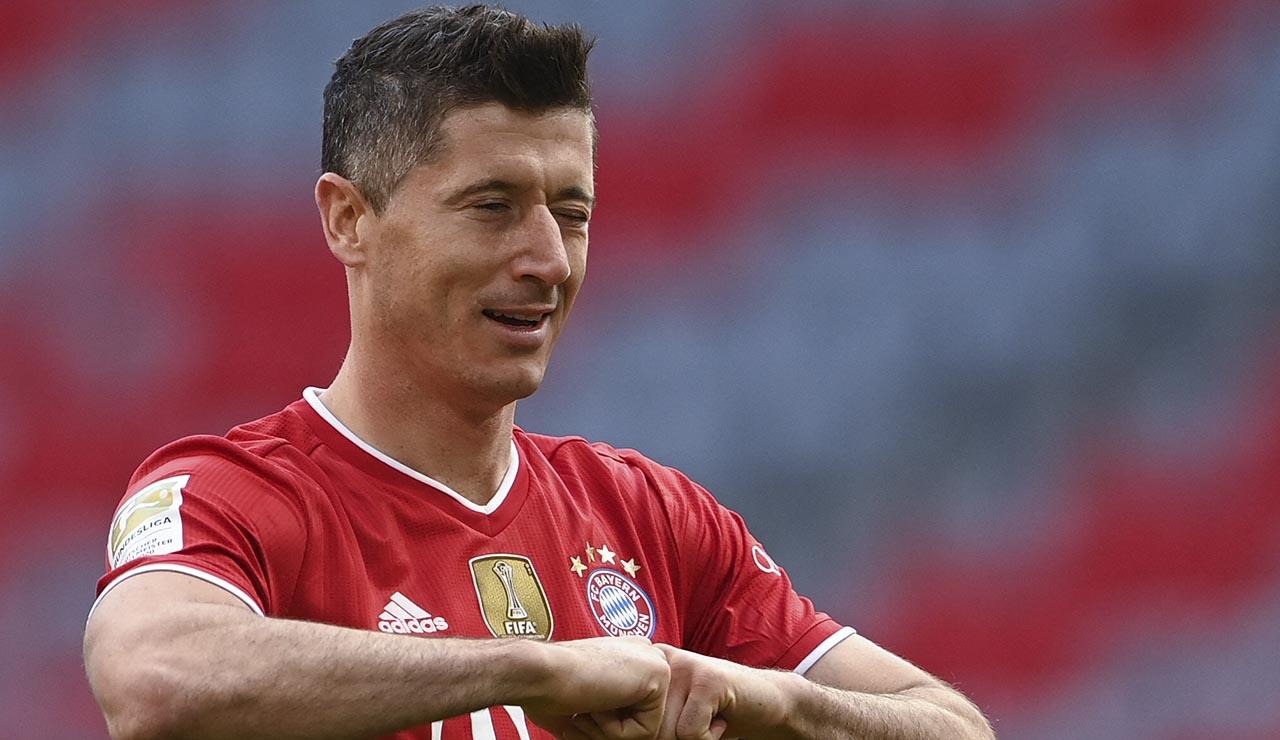 Lewandowski supera el récord de Gerd Müller con 41 goles