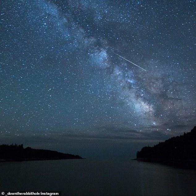 La próxima lluvia de meteoritos que iluminará el cielo serán las Eta Acuáridas y verá decenas de estrellas fugaces por hora, alcanzando su punto máximo el jueves.
