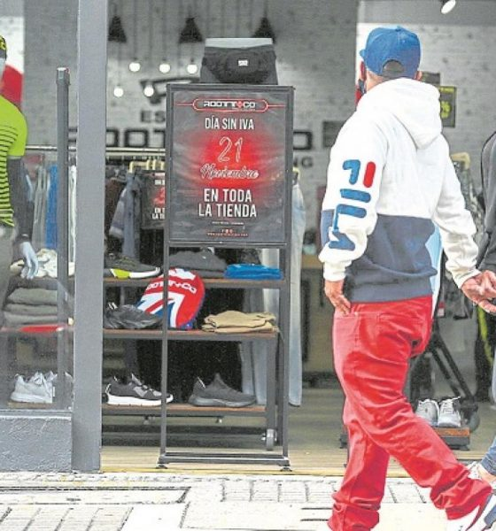 Los comerciantes no 'levantan cabeza' por las restricciones   Economía