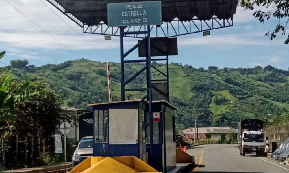 Más de 600 millones de pesos al mes deja de recibir Caldas por peajes
