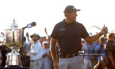 Mickelson es el ganador más veterano del Campeonato de la PGA