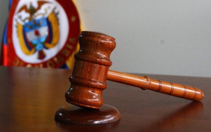 Ratifican condena a juez que dejó libre a un criminal