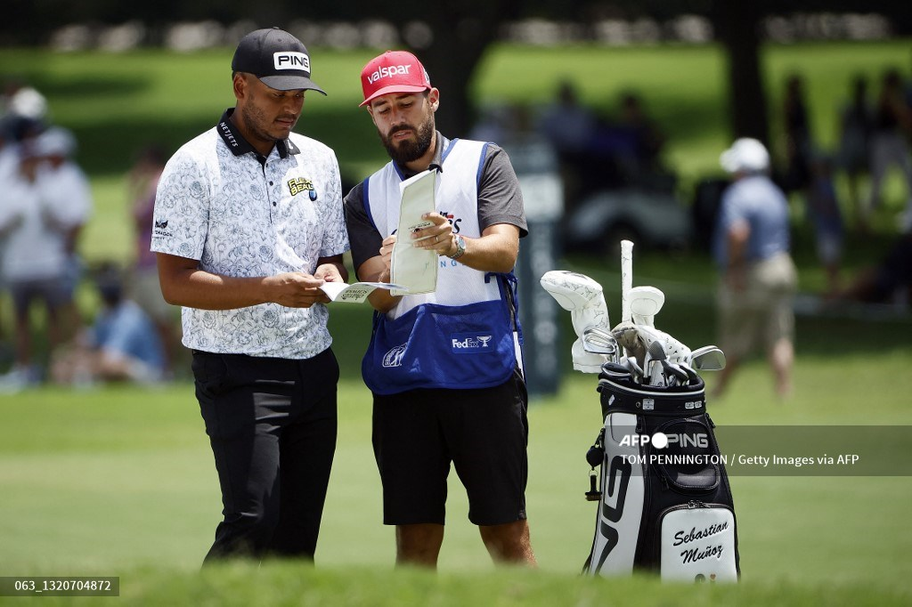 Sebastián Muñoz se metió al top 5 en el torneo Charles Schwab de PGA