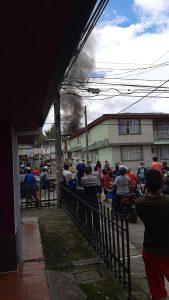 Veladora encendida género incendio en el sur de Popayán