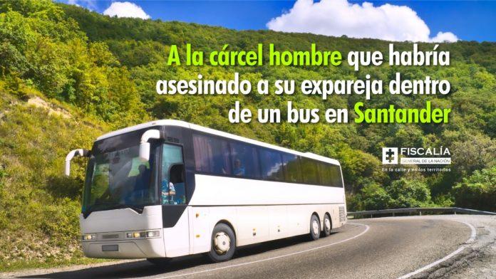 A la cárcel hombre que habría asesinado a su expareja dentro de un bus en Santander
