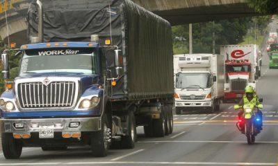 Acuerdos entre transportadores y Ministerio de Transporte para levantar paro   Gobierno   Economía