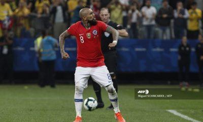 Arturo Vidal no jugará con Chile por coronavirus