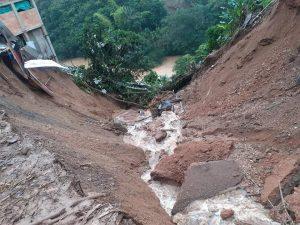 Avalancha destruyó caseta comunal en Argelia, Cauca