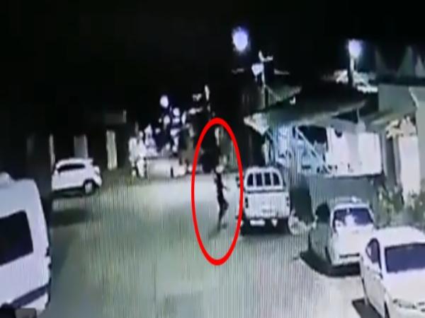 Buscan a sujeto que lanzó artefacto explosivo a la estación de Policía del corregimiento Salónica, en Riofrío, Valle