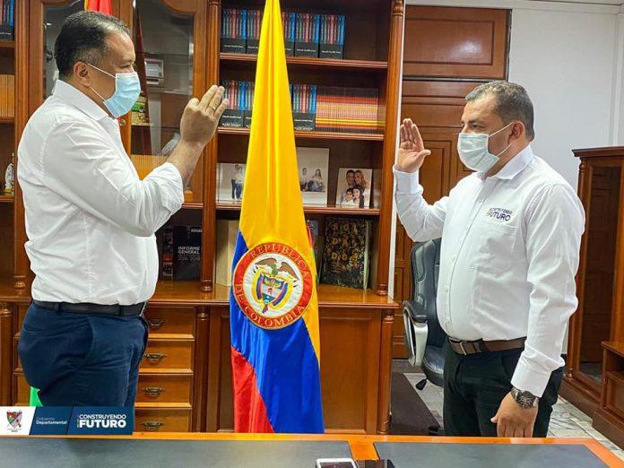 Gobernador Facundo Castillo posesionó al nuevo Secretario de Hacienda Departamental