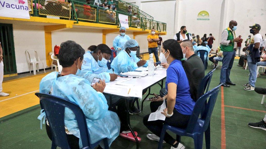 Hospital Luis Ablanque de la Plata fortalece equipo de vacunación contra el Covid en Buenaventura para la atención en los nuevos megacentros – Noticias Al Punto Buenaventura