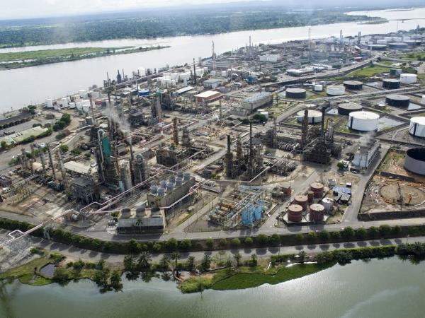 Prooducción de petróleo en Colombia caería en el 2021   Finanzas   Economía