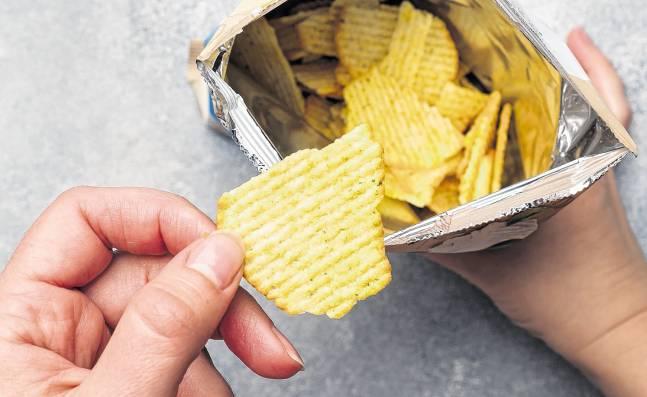 Proyecto de ley contra la 'comida chatarra', a punto de hundirse en el Senado