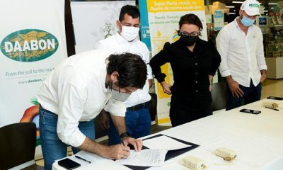 En Santa Marta empresas firman cooperación para implementar estrategias que eviten la contaminación en mares y ríos.