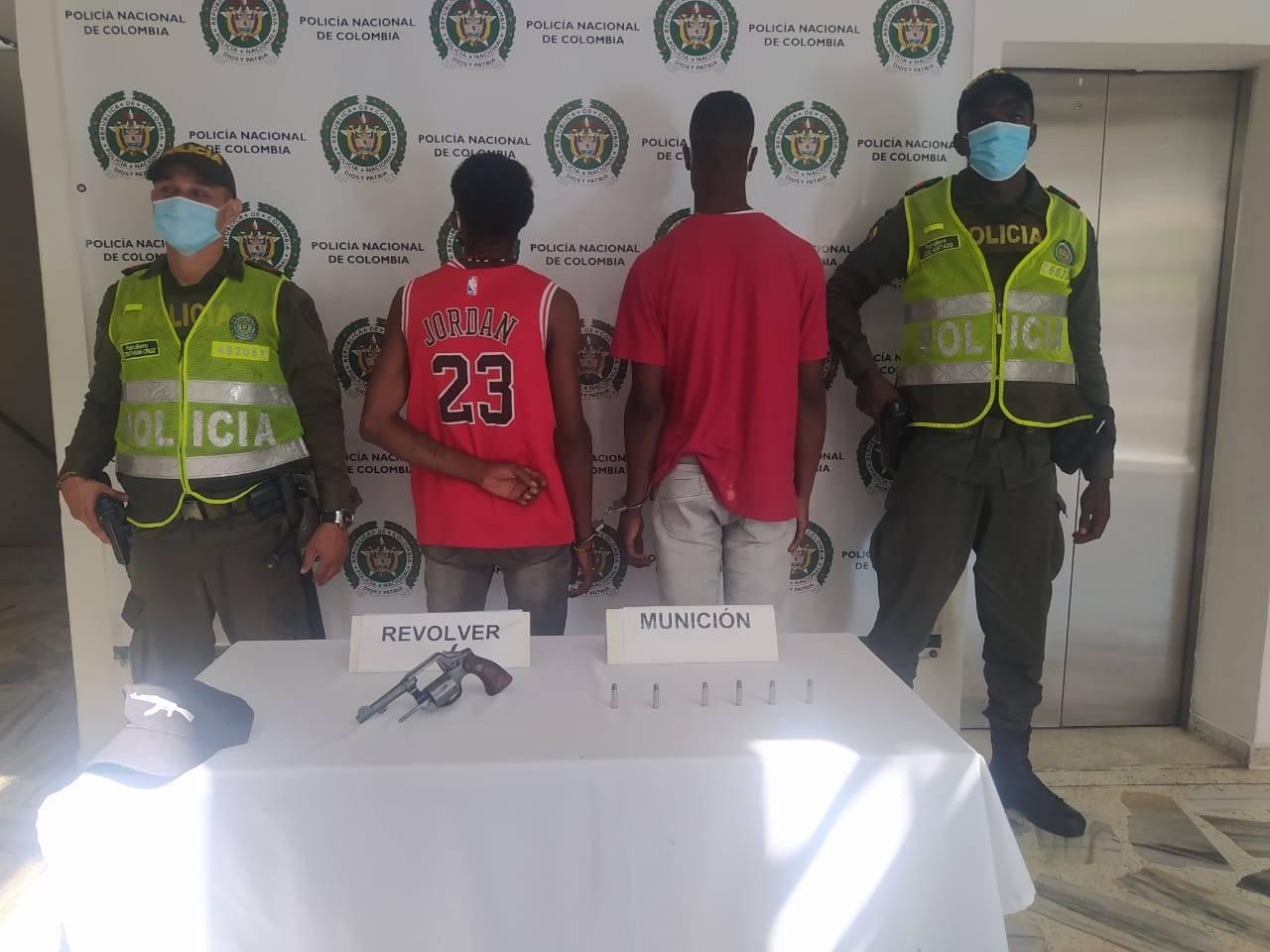 Cuatro capturas por porte de armas y munición ilegal en Buenaventura