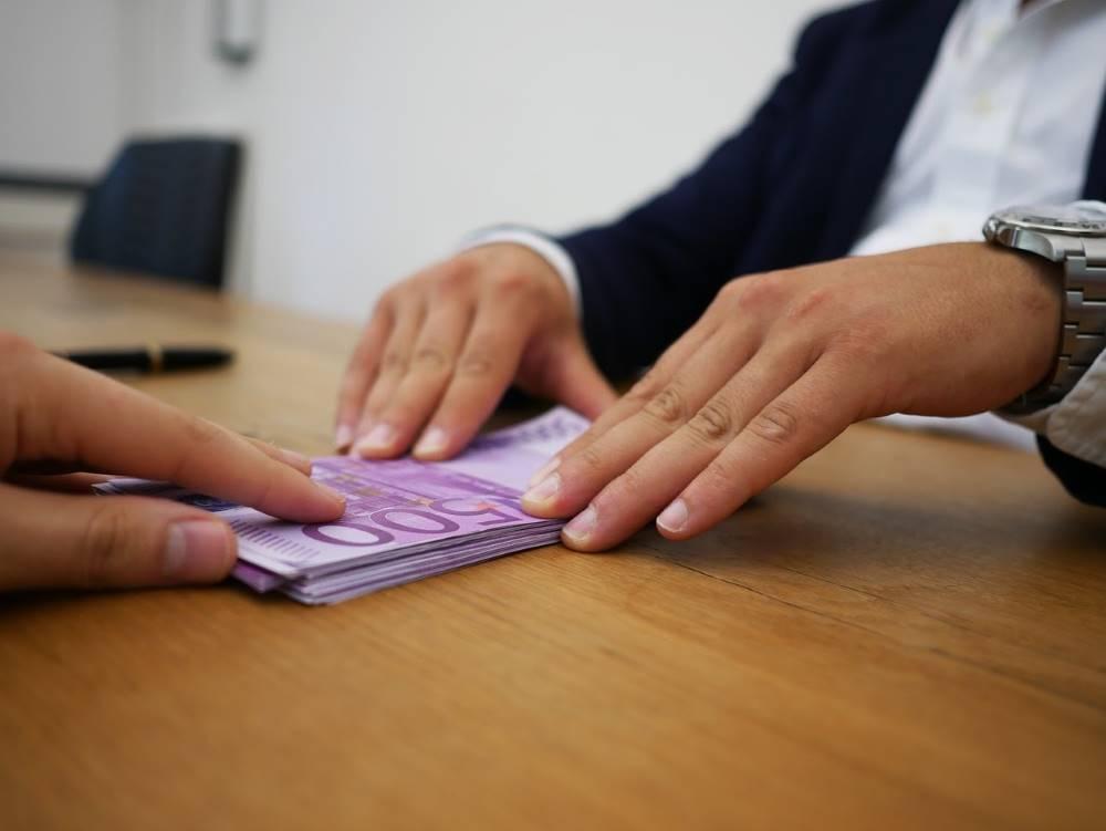 Los colombianos más que nunca recurren a los micro créditos