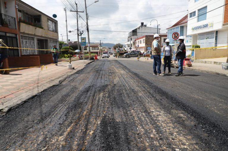 A paso lento avanzan las obras en las vías de Zipaquirá, Cundinamarca