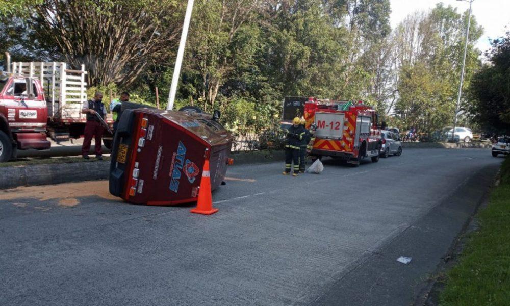 Accidente de un carro de valores en Manizales