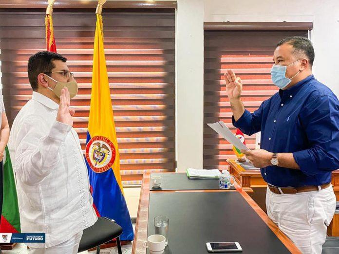 Ante el gobernador de Arauca, José Facundo Castillo Cisneros se posesionó el doctor Leonardo Corredor Avendaño como nuevo Magistrado del Tribunal Superior del distrito judicial de Arauca, sala única.