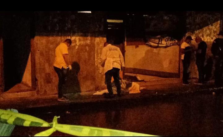 Atentado sicarial en Buenaventura dejó dos hombres muertos y uno más herido – Noticias Al Punto Buenaventura