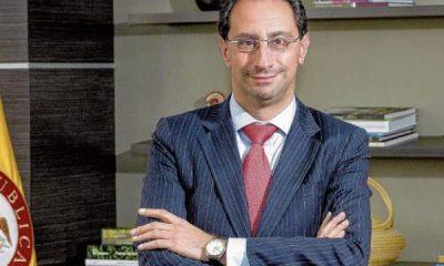 Entrevista con José Manuel Restrepo, ministro de Hacienda, sobre reforma tributaria | Reforma tributaria | Economía