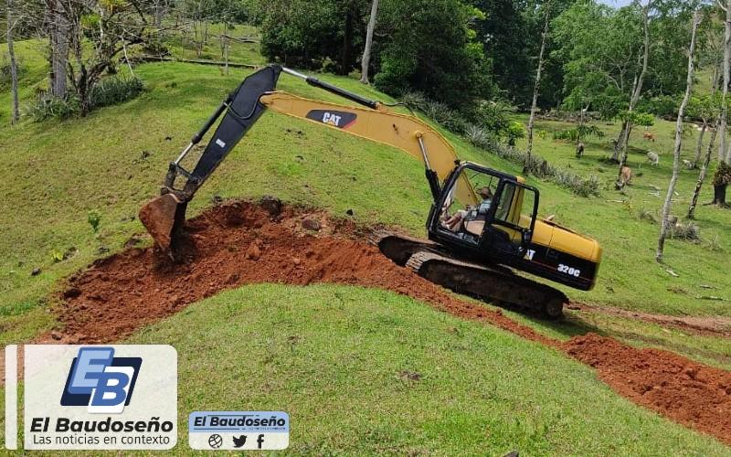 La administración municipal de Acandí inició trabajos de mejoramiento y acondicionamiento de la vía que comunica con el corregimiento de Capurganá.