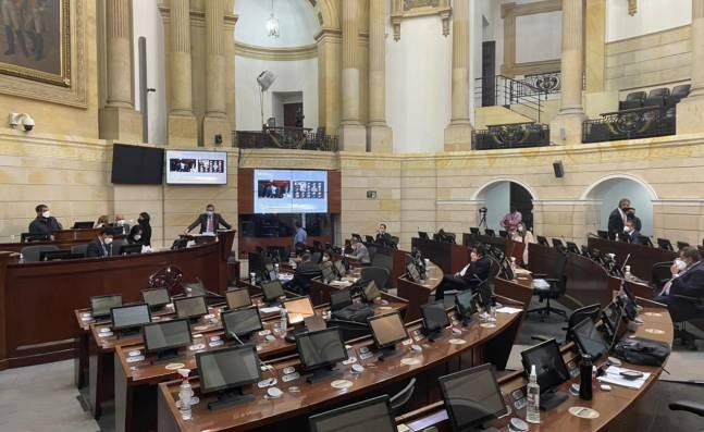 Reforma tributaria y ley antidisturbios, algunos proyectos pendientes para la última legislatura