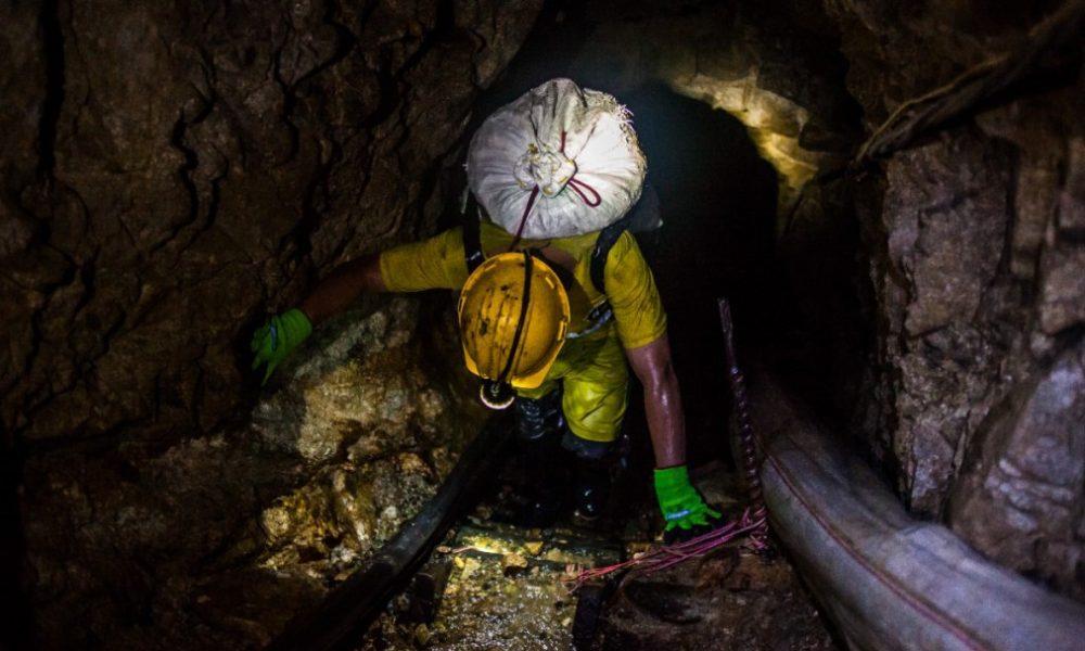 Con levantamiento topográfico intentan rescatar mineros atrapados en Boyacá