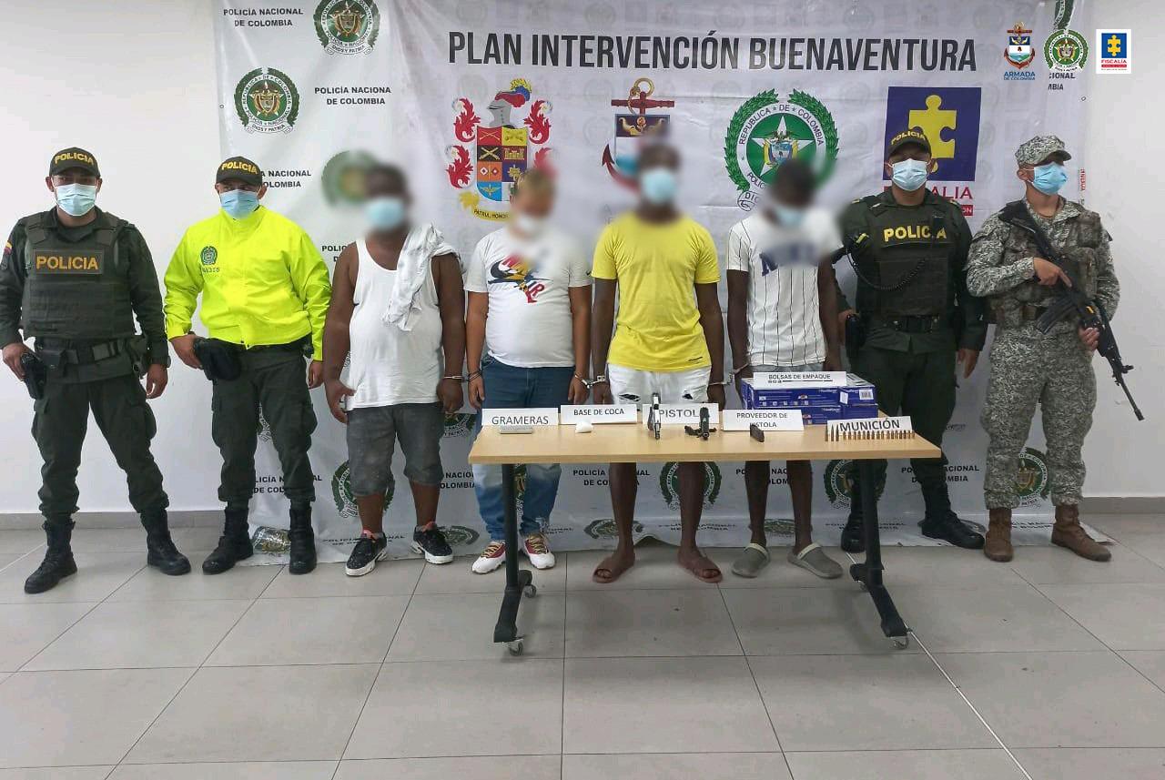 Asegurados 4 presuntos miembros de la banda delictiva La Local – Los Chotas por porte ilegal de armas y tráfico de estupefacientes - Noticias de Colombia