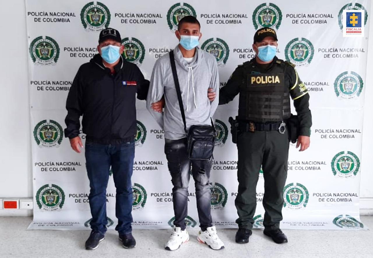 Cárcel para dos hombres señalados de violencia intrafamiliar en Manizales - Noticias de Colombia